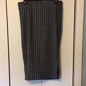Torrid Black And Metallic Silver Pencil Skirt NWOT